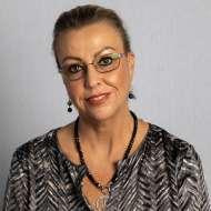 Julie Dinsdale